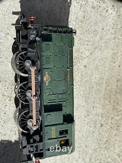 2 X Bachmann 00 scale BR Patriot Locomotive With 8 Box Cars