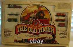 BACHMAN N ELECTRIC TRAIN SET THE OLD TIMER #4404 LOCOMOTIVE WithTENDER 5 CARS