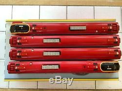 Bachmann 32-600 Virgin Trains Class 220 4 Car Voyager DEMU 220001 Maiden Voyager