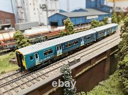 Bachmann 32-939DS Class 150 2 CAR DMU Dummy (no motor) Arriva Trains Wales
