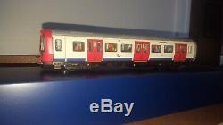 Bachmann 35-990 LU London Underground 4-Car S-Stock Train Pack DCC Ready