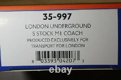Bachmann 35-990 London Underground S stock 4 car train pack + 35-997 extra coach