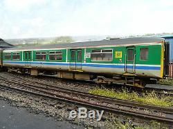 Bachmann Centro Trains Class 150 Dmu 2 Car (custom Weathered) 32-937