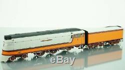 Fox Valley Models Hiawatha Train set 4-4-2 Class A with6 Passenger car HO scale