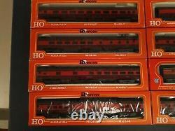 HO Scale Train Engine & Cars Rivarossi Gulf Mobile & Ohio set, New In-Box