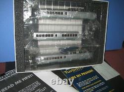 Ho Rapido Turbo Train, New Haven. 3 car withBoth powered units. New in box C-10 sc