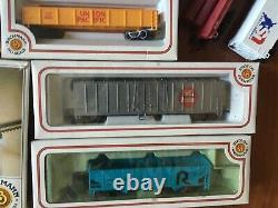 Ho Scale Bachmann Train Set Lot locomotives, track, cars, power pack, bridge