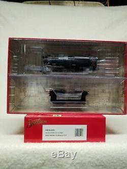 Ho Train. Bachmann Spectrum, # 84113, K4 4-6-2, Pre war with slat car