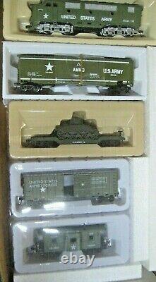 Ho U. S. Army Train Set F-3 Locomotive With 4 Cars # Bbf-215 Military Set