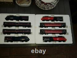 Hornby Gner & Virgin125 High Speed Train Pack 4 Car Units