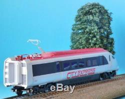 Hornby Hitachi Class 395 City Express R1239 Train Power Car Dummy Car + Coach