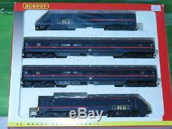 Hornby R2002 GNER 225 4 car train pack