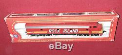 IHC Rivarossi Rock Island Train Set E-8 A-A Engine Pair & 6 Passenger Cars HO