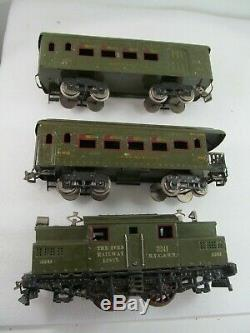 Ives Wide Gauge Train Set # 700 0-4-0 Electric Locomotive Engine 3241 2 Pass Car