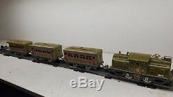 LIONEL 252 Train Loco O Gauge Prewar with 1 530 Observation & 2 529 Pullman Cars