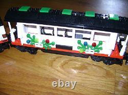 Lego 10173 Holiday Train Locomotive Passenger Luggage Tree Caboose Cars