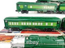 Lionel 8702 Southern Crescent Steam Locomotive 5 Car Passenger O Gauge Train Set