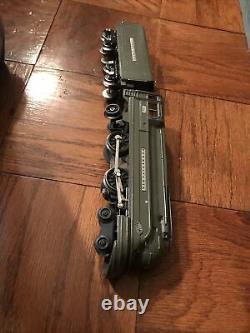 Lionel Train Pennsylvania Torpedo Streamline Locomotive 238E With Tender Car