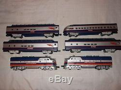 Lionel Trains 6-38153&6-39110-39113 Spirit of the Century F-3 AA & 4 Pass Cars#M