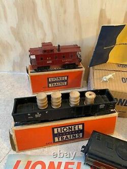 Lionel Vintage Train set diesel locomotives Erie 2032 Set With Cars, Controls