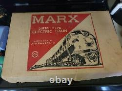 MARX USA Diesel Type ELECTRIC TRAIN New York Central Locomotive Track Cars