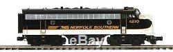 MTH Premier Norfolk Southern F7 ABA (Executive Train Set) plus RPO Car