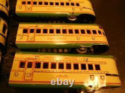 Marx M10005 Union Pacific Tin Train Set Locomotive & 7 Cars
