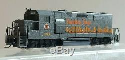 Micro Trains Z Scale Smokey Bear Fire Prevention Locomotive and 3 car lot