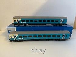 N gauge Graham Farish 371-555 158 2 Car DMU Arriva Trains Wales Livery