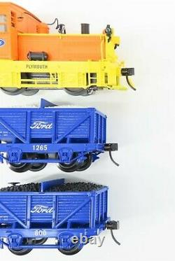 O Gauge 3-Rail K-Line Lionel 6-22334 Ford Plymouth Switcher Train Set withOre Cars