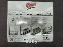 Rail King 30-1433-1 Silver Bullet Train Set O-Scale Locomotive with 3 Reefer Cars