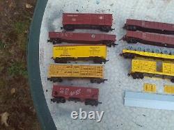 Revell Vintage HO Train Lot 2 Diesel Steam Locomotives 15 Freight Cars ACL Penn