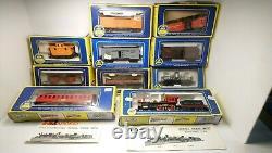 Rivarossi/AHM HO Train V&TRR Reno 4-4-0 Steam Locomotive/Tender 8 OLD Time Cars