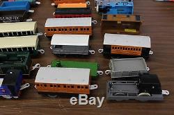 Thomas the Tank Engine Train Lot of 60 Trackmaster Locomotives & Cars Battery