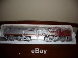 USA trains ATSF Santa Fe PA-1 & PB-1 plus 10 car passenger car set NIB