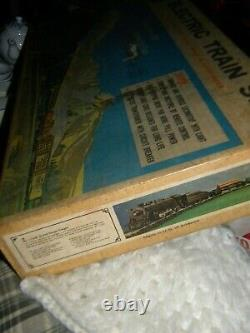 Vintage #11520 LOINEL Six Unit TRAIN Set. Steam Locomotive, Tender, 4 Cars & OB