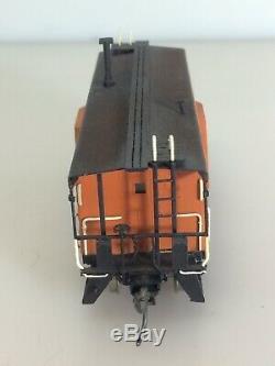 Vintage Ajin Korea 1-1986 The Milwaukee Road Caboose Train Car Orange HO Brass