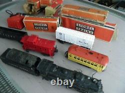 Vintage Lionel Train Set Engine #2026 Plus Cars & Boxes