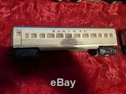 Vintage Marx Santa Fe 21 Train Set Locomotive Engines & Passenger cars 3152 3197
