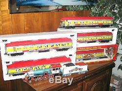 Williams/K-Line Circus Train 4-6-0 Steam Locomotive with Smoke & Sound, Cars C-8/9